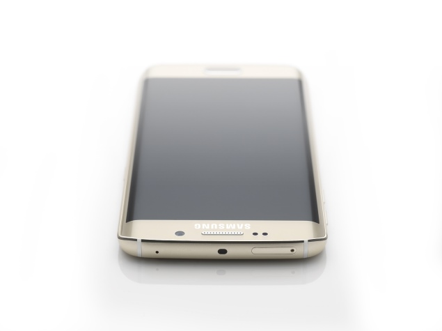 samsung_galaxy_s6_edge_topdown_official.jpg