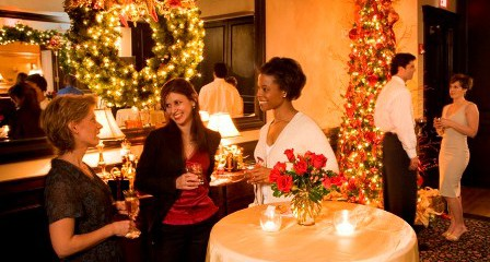 How to Host a Memorable Holiday Party